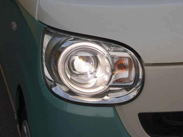 暗い夜道を明るく照らしてくれるヘッドライト!傷も無く綺麗です!