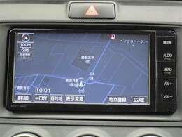 トヨタ純正SDナビゲーション付き♪フルセグTV・DVD・CD・AM・FMが視聴可能☆使い勝手も良く、操作も簡単です!お気に入りの選曲で、通勤・ドライブを快適にどうぞ♪