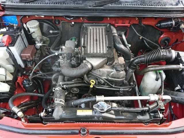 エンジン、ミッションや足回り、エアコン等の各部機関や電装品も、事前に試運転で確認しており、良好です。当店スタッフが自信を持ってお勧め出来るお車です。