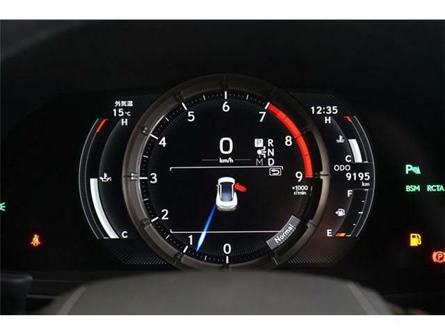 ◆メーター:エンジン油温表示付 ◆レーダークルーズコントロール (全車速追従機能付) の作動中は、車線維持に必要なステアリング操作支援も行います。