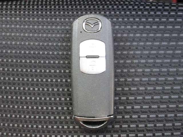 カバンやポケットなどに入れている鍵を取り出すことなく、ドアの施錠・開錠が可能!
