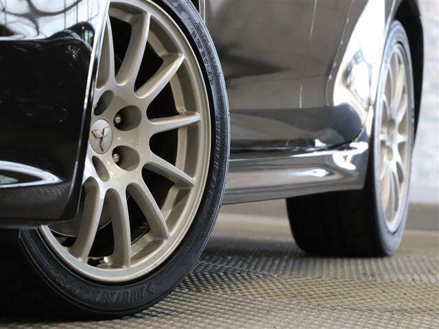 純正アルミ装備!社外大径アルミホイールや新品タイヤも格安で交換お受けいたします!