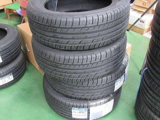 特別価格で用意しているQ3用の交換用タイヤとなります。車にとりタイヤ状態は大きなウェイトを占め、燃費、騒音の原因です。大変お得な価格で新しいタイヤへ交換していただけます。