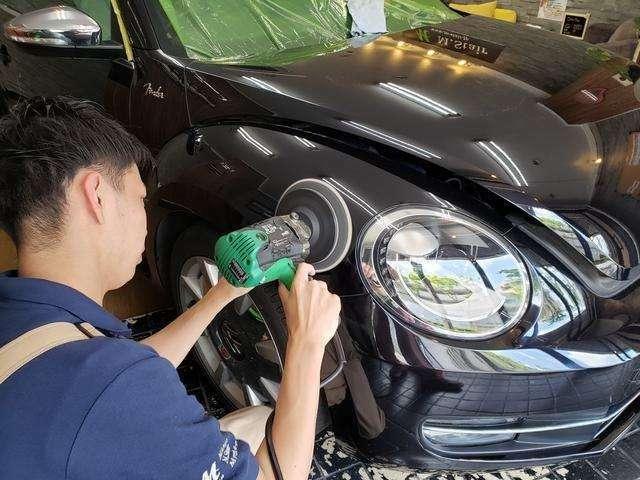 Aプラン画像:素敵なクルマはキレイに乗りたい!ボディコーティングも承ります!コーティングは下地が大事。熟練したスタッフによるポリッシングの後、ツヤと保護効果を発揮するコーティング剤を塗布!愛車をより輝かせます!