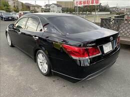 九州運輸局認定の民間車検工場を完備しておりますので、車検・点検等もお任せください!ご納車前の点検は整備スタッフにより最善の整備・点検を行いますのでベストコンディションの状態でお渡しさせていただきます。