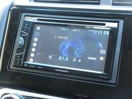フィットに付いているパイオニア製ディスプレイオーディオ(FH-780DVD)はCDプレーヤー・DVD再生・AM/FMチューナー付です。お好みの音楽を聞きながらのドライブは楽しさ倍増ですね!