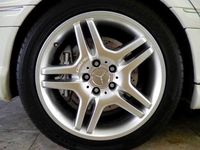 AMGダブルスポーク18インチホイール、AMGブレーキシステム、AMGサスペンションシステム付です。詳しくは弊社ホームページをご覧くださいませ。http://www.sunshine-m.co.jp