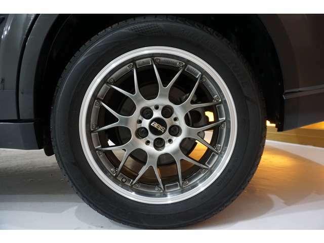 ◆◇在庫車の9割は、サビの少ない本州からの厳選仕入れとなります!エンジンルームや下廻りの写真でも是非、ご確認下さい(^^♪◇◆