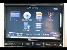 ALPINE9型ナビを装備。フルセグTV、ブルートゥース接続、DVD再生可能、音楽の録音も可能です。