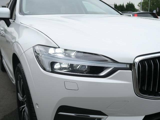 ◆フルアクティブハイビーム『対向車や先行車のドライバーに眩しい思いをさせる事なく必要に応じてハイビーム状態を維持します。左右どちらかをハイビーム、もう片方はロービームなんて機能も内蔵しています♪』