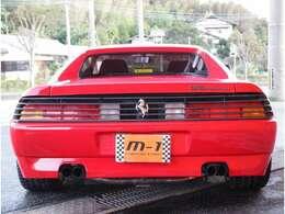 MSレーシングマフラー付!ルーバー越しに見えるテールライトが特徴的です!これぞ348!マフラー以外はフルノーマル車両です!