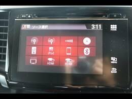 メーカーオプションナビを装備。フルセグTV、ブルートゥース接続、DVD再生可能、音楽の録音も可能です。