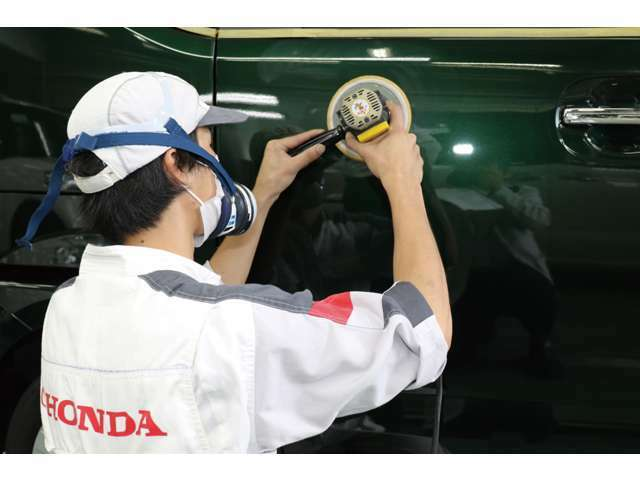 Bプラン画像:当社では 2種類のコーティングを行っております。グロッシーカーコート(43578円~)・ハイドロフォビックカーコート(51840円~)