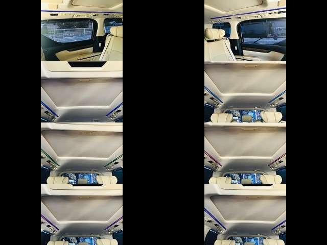 後席の上部にあるインテリアライトは様々なカラーを選べます♪2列目の窓は紫外線予防ネットもあります!