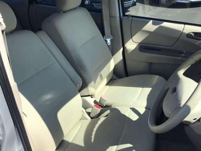 それぞれの分野のプロがお車の悩みや疑問に親身になって対応させていただきます。