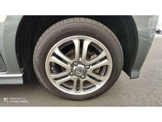 タイヤは納車時に新品に交換させていただきます