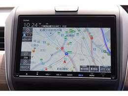 ギャザズメモリーナビゲーション。リンクアップフリーは通信をしつつ最新のデータの交通情報が入り、すいてるルートを選んで快適ドライブ!