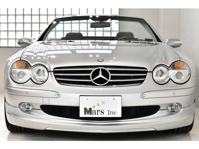 ブリリアントシルバー/ブラックナッパレザー、正規ディーラー車、C/S/Mモード付パドルシフト5AT、社外ナビ、取扱説明書、記録簿、新車時保証書、スペアキー