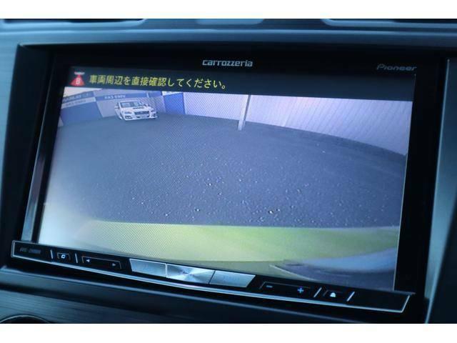 車庫入れに重宝するバックカメラを装着☆