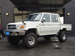 トヨタ ランドクルーザー70ピックアップ 4.0 4WD 3インチリフトUP社外AWオーバーFCDナビ