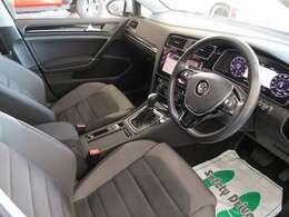 メーカー新車保証付き車両、並行車に関しては自社保証をご用意しております。 0066-9703-549706 までお気軽にご連絡ください。