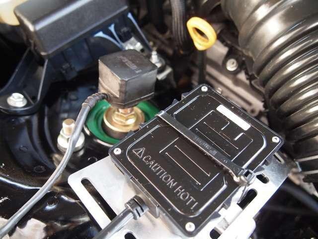 ☆TEINフルタップ車高調【EDFCアクティブ】付きです!手元のコントローラーから減衰調整が可能!また、加速Gを感知し、自動で減衰、力の調整を行う優れものです!