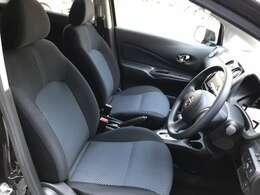☆運転席に座った印象なんですが、使いやすい位置にスイッチなどがあったり、前方も見やすくて運転し易そうな印象です♪☆