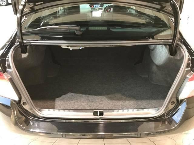トランクは、大容量のスペースを確保。リアシートを倒すことでバリエーション豊かに収納できます。
