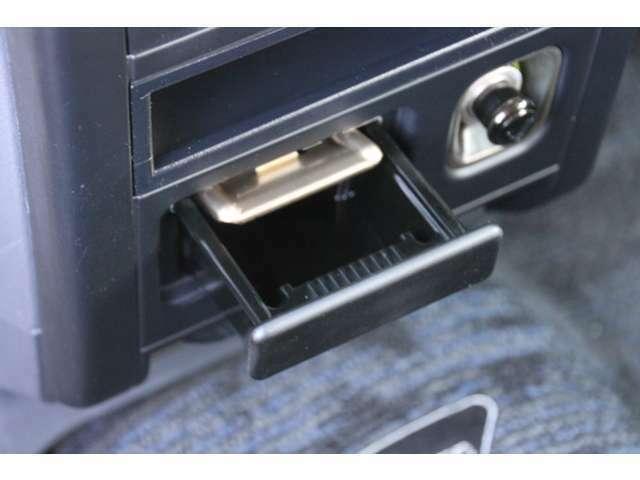 禁煙車で車内に嫌な臭い等は御座いません!