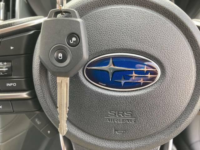 【キーレスエントリー】キーにボタンが付いているので開閉がラクに行えます。