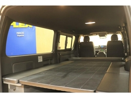 FLEXオリジナルVer4搭載で広々寝れる車中泊仕様!