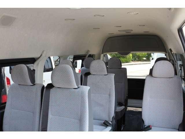 メーカーOPはLEDライト・スマートキー、バックモニター内蔵ミラー、パワースライドドア、電動格納ドアミラー、ステアリングスイッチ、アクセサリーコンセント・純正アルミ付!車両本体価格に含んでおります。