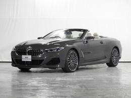BMW 8シリーズカブリオレ M850i xドライブ 4WD 全周囲カメラ Fベンチレーション 地デジ