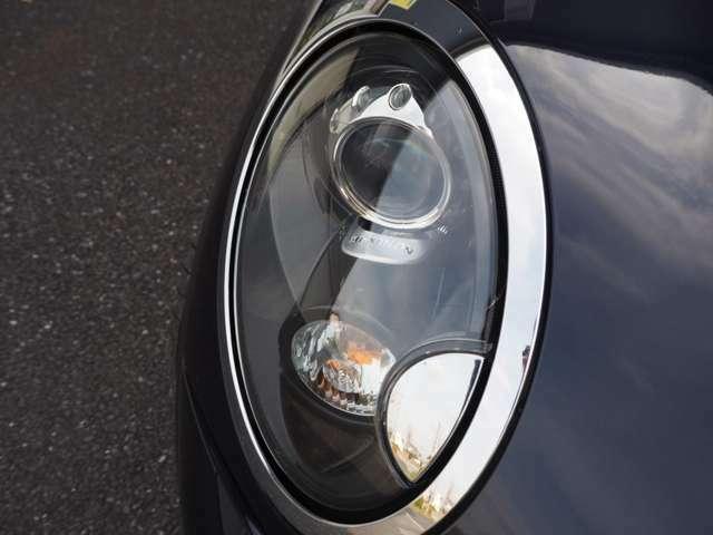 Aプラン画像:インナーブラックのヘッドライト