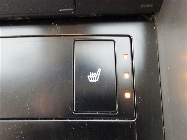 ハーフレザー・オートクルーズ・SDナビ・バックカメラ・ブルーレイDVD・BTオーディオ・USB・AUX・DTV・ヒーター付パワーシート・ドラレコ・パドルシフト・本革巻ステア・ETC・17AW・LED