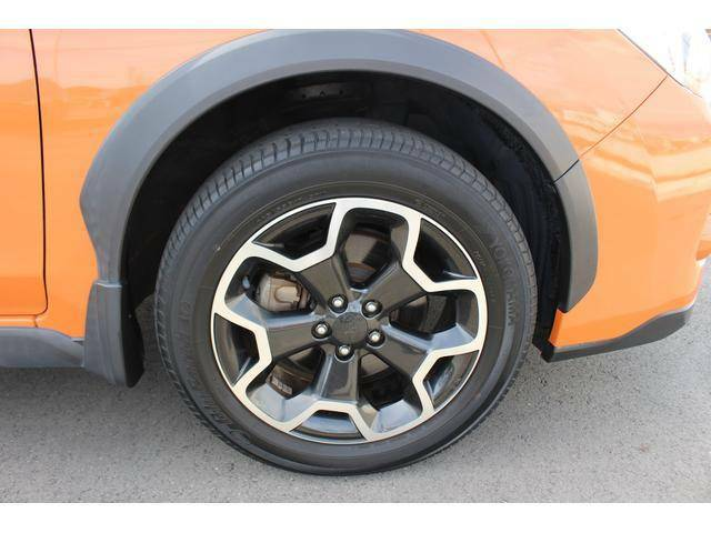 【タイヤ&ホイール】純正17インチアルミホイールを装備、タイヤサイズは225/55R17を設定しております。