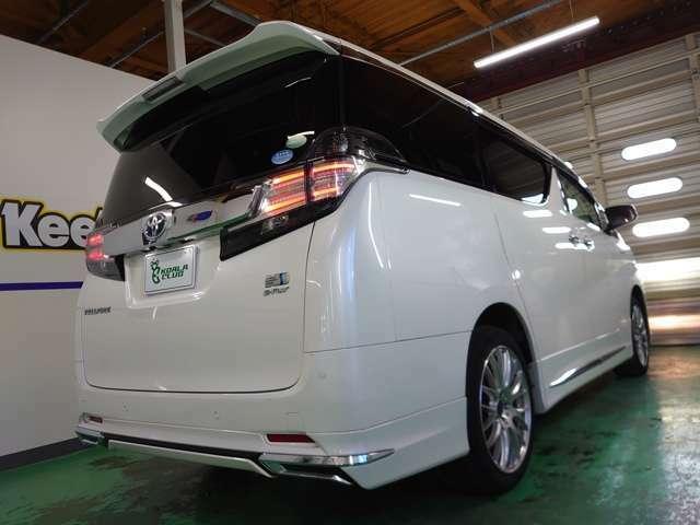 弊社は、国土交通省北海道運輸局認証工場(1-2837)を併設しておりますので、全車種法定整備を実施してからの納車となります(整備保証付)♪