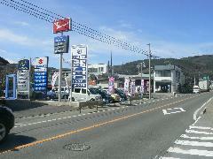 岡谷ICよりクルマで5分。今井新道沿いです。