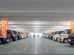 軽自動車からコンパクトカー、SUV、ミニバン(ワンボックス)等展示台数は400台☆彡