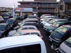 ワゴン車、コンパクトカー軽自動車を大量展示中!!当店はディーラー下取り車を中心に販売してます。