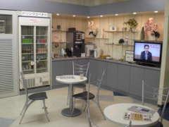 ☆フリードリンクでおもてなし☆ コーヒーやお茶、ジュースなどHOTもアイスも多数ご用意!もちろん無料!!