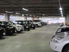 BMW・ボルボ・アウディ・フォルクスワーゲン・メルセデスベンツ、LEXUSなど人気車種や限定車、人気グレードを多数展示!