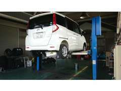 自社運輸局認証工場完備しています。自動車整備士資格を保有したスタッフが常駐しております!