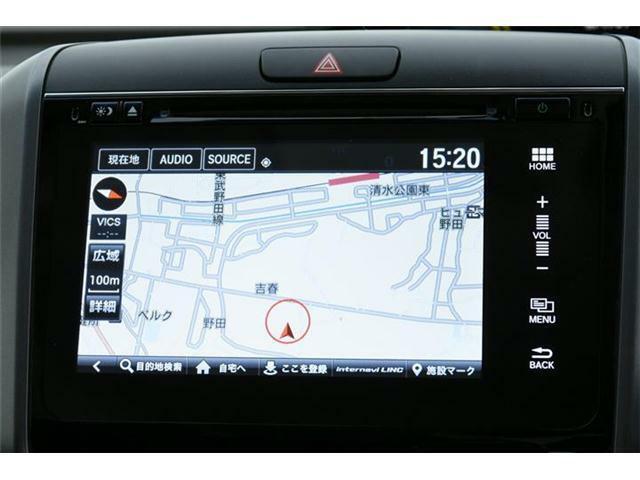 高額オプションのインターナビ搭載!フルセグTVにDVD、Bluetooth対応♪USBオーディオ機能も利用可能です♪