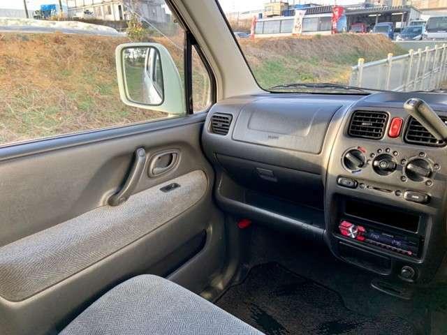 平成13年式 スズキ ワゴンR 入庫しました。株式会社カーコレ 湘南は【Total Car Life Support】をご提供してまいります。http://www.carkore-shonan.com