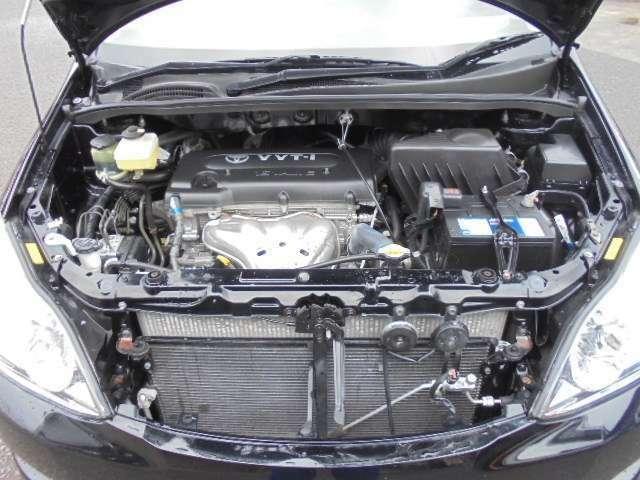 原動機の型式:2AZ。 2400ccです。