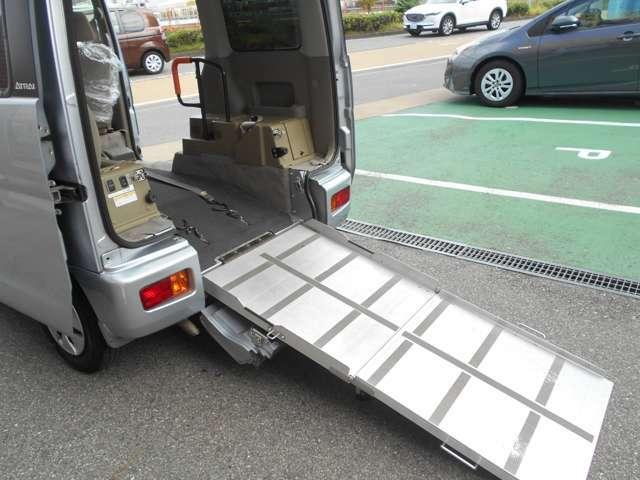 スローパーなので、車いす乗車時は少しスペースの確保をお願いします^^。