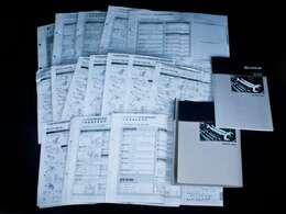 新車保証書メンテナンスノート完備!!記録簿は15回分が確認できこれまでのオーナー様の扱いの良さを感じるポイントです。整備内容も確認しご案内させて頂きますのでお気軽にお申し付け下さいませ!!