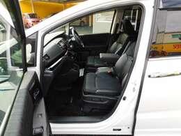 コンフォートビューパッケージ(ヒーテッドドアミラー+フロントドア撥水ガラス)、助手席4ウェイパワーシート&シートヒーター
