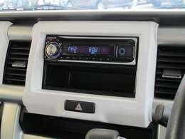 社外オーディオ装着です!CD再生・ラジオ・AUX対応です!